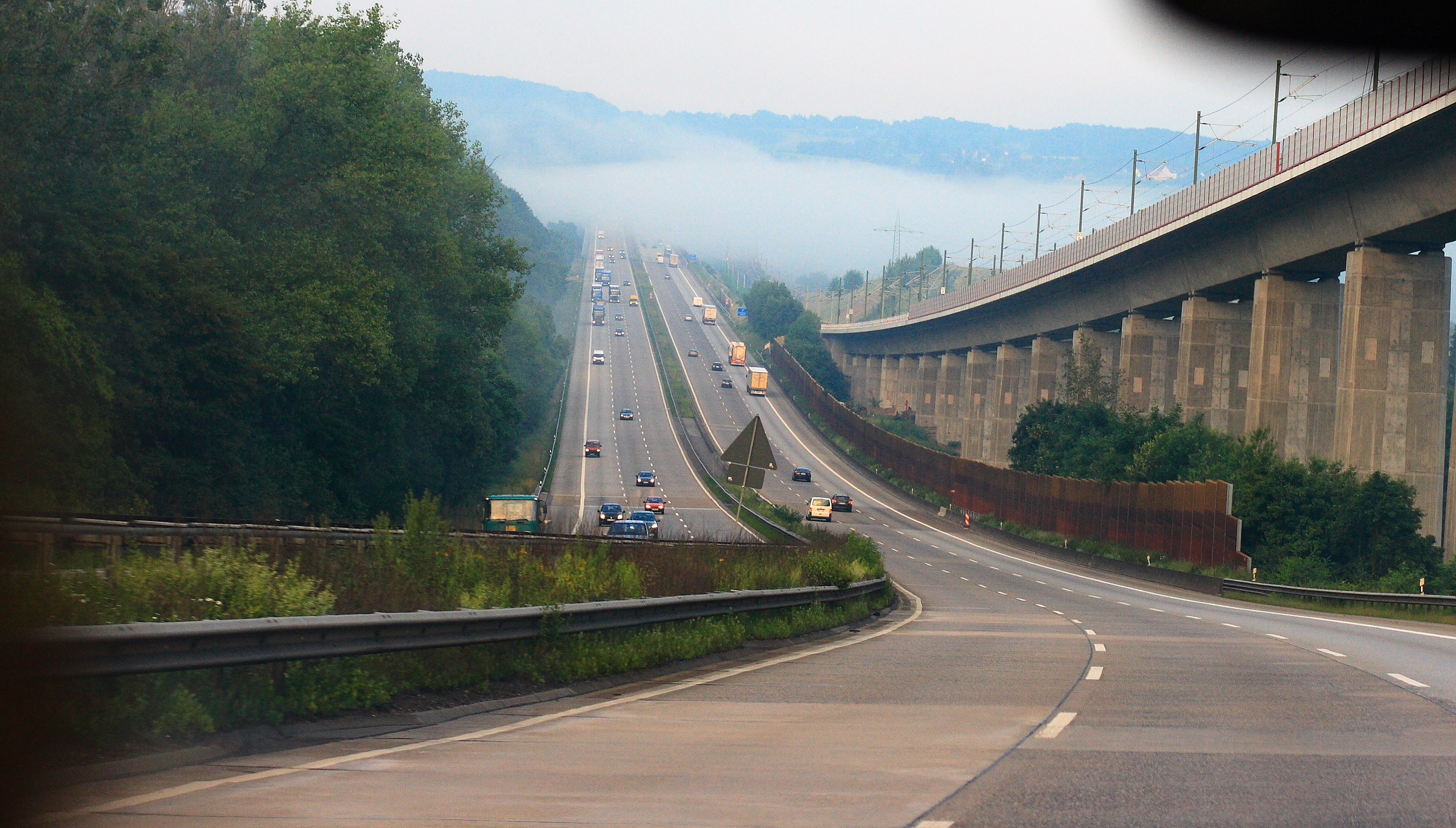 Who Will Build the Roads? – Plans for Autobahn Privatization in Germany